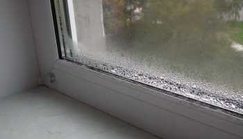 Почему мокнут пластиковые окна в квартире