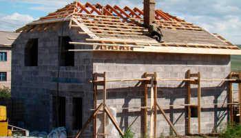 Полувальмовая крыша своими руками: чертежи, стропильная система и пошаговая инструкция