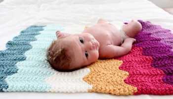 Вязаные одеяла для новорожденных