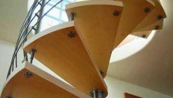 Как сделать круговую лестницу своими руками