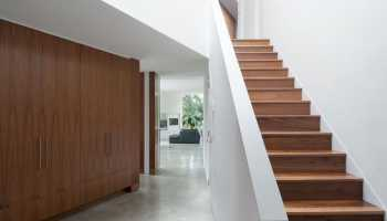 Какой проем нужен для лестницы на мансарду